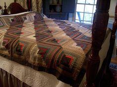 Primitive Late 1800's Log Cabin Furrows Pattern