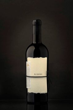 Il Genio on Packaging of the World - Creative Package Design Gallery Wine Bottle Design, Wine Label Design, Does Wine Go Bad, Just Wine, Water Into Wine, Bottle Packaging, Wine And Spirits, Packaging Design Inspiration, Fine Wine
