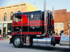 Show Trucks, Big Rig Trucks, Kenworth Trucks, Peterbilt, Customised Trucks, Cab Over, Diesel Cars, Classic Trucks, Rigs