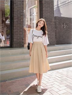 Adolph linen pintuck long skirt for sale for women kooding. Korean Girl Fashion, Korean Fashion Trends, Korean Street Fashion, Japanese Fashion, Cute Fashion, Asian Fashion, Fashion Models, Ulzzang Fashion Summer, 90s Fashion