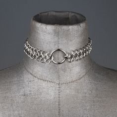 Silver central circle chainmail choker. #retro #disco #1970s