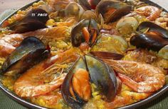 Paella Mixta - seafood and chicken Tapas Recipes, Mexican Food Recipes, Cooking Recipes, Ethnic Recipes, Rice Recipes, Easy Recipes, Spanish Cuisine, Spanish Food, Spanish Paella Recipe