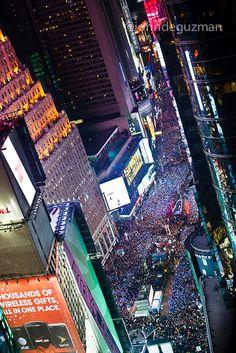 Times Square 2012 New Years Celebration By John De Guzman Via Flickr New Years