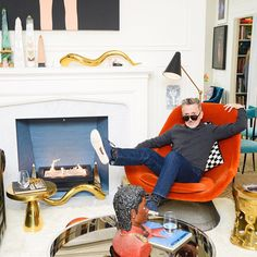 20 BIG Impact Decor Ideas For 2015  #refinery29  http://www.refinery29.com/unique-small-space-decorating-ideas#slide5  Fireplace Painted Inside  Adding a subtle pop of color to the inside of a fireplace is an easy trick to create dimension. Also, Simon Doonan is the coolest.