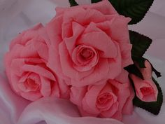 Complete set of sweetheart Pink paper roses - so pretty! visit my etsy shop!