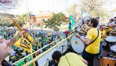 Ora em ritmo de folia, ora de guerra | Clima para dia julgamento de Lula vai de medo à música dos 'lokos liberais'