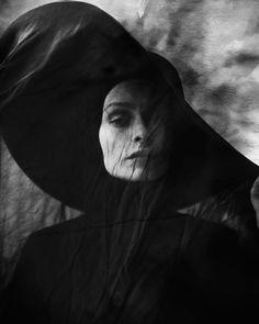 Elizaveta Porodina - funeral - widow - mourning - fashion