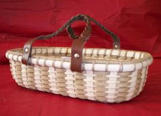 Handwoven Basket: Casserole Carrier with glass by BasketsByMona