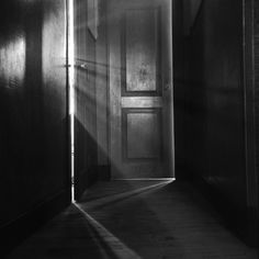 Light and Stubbornness, photo by Fernando Lemos, 1949.