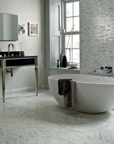 Geneva Bath Fired Earth Lulu Klein Interiors Large Bathrooms Ensuite Amazing
