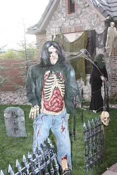 Zombie Halloween scary