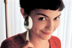 directed by Jean-Pierre Jeunet / starring Audrey Tautou, Mathieu Kassovitz My favourite Paris movies , Amelie is a young, naive, int. Audrey Tautou, Romantic Movies, Most Romantic, Cinema Video, I Love Cinema, Short Bangs, Choppy Bangs, Fringe Bangs, Short Fringe