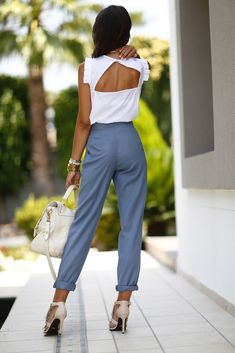 Simple Summer to Spring Outfits to Try in 2019 – Prettyinso Autumn Fashion Casual, Fall Fashion Outfits, Work Fashion, Fashion Pants, Womens Fashion, Classy Outfits, Cool Outfits, Casual Outfits, Outfit Trends