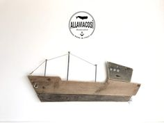 Un preferito personale dal mio negozio Etsy https://www.etsy.com/it/listing/502107672/wooden-ship-art-wooden-ocean-boat-wall