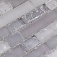 frosted glass mosaic tile backsplash interlocking crackle crystal wall tiles bathroom floor designs kitchen back splash Glass Bathroom, Diy Bathroom Decor, Bathroom Styling, Design Bathroom, Bathroom Wall, Glass Kitchen, Bathroom Showers, Washroom, Bathroom Cabinets