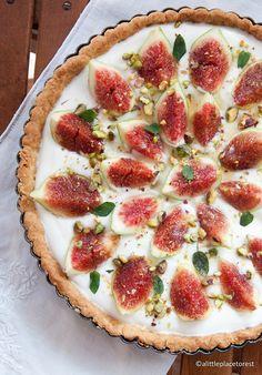 Crostata ai fichi e yogurt al miele - Figs, yogurt and honey tart
