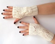 White Fingerless Gloves. Knit Fingerless Mittens. Knitted Wrist Warmers. Wedding Accessories.