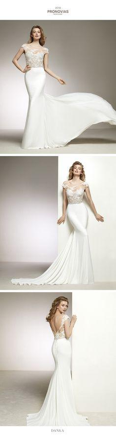 a0290ada51 Sensual mermaid wedding dress two-piece effect. DANKA