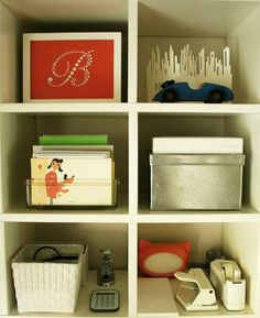 apartment therapy organizing...