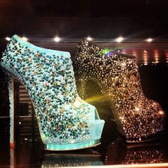 Love these Sparkly Pumps! A whole page full of gorgeous sparkling shoes!