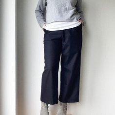 When you find moths in your wardrobe and thankfully you like cropped pants ✂ #stridestrousers #merchantandmills #merchantandmillsworkbook #lindensweatshirt #grainlinestudio #refashioning #handmadewardrobe #memadeeveryday #isew #sewingute_igrefashioning,handmadewardrobe,stridestrousers,sewing,grainlinestudio,isew,memadeeveryday,merchantandmillsworkbook,merchantandmills,lindensweatshirt
