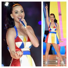 Katy Perry performs at the 2015 SuperBowl halftime show