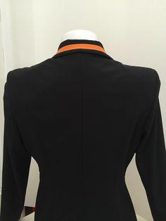 esperado-damen-reitsakko-schwarz-einfaß-kragen-orange