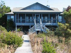 Edisto Realty - Moody House - Beachfront on the St Helena Sound - Edisto Island, SC