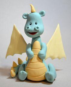 Dragon tutorial Alapanyagokat és ételfestékeket vásárolj a GlazurShopból! http://shop.glazur.hu