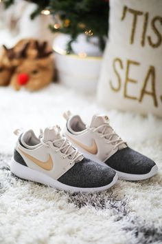 Women's Nike Roshe Two Knit Casual Shoes WHAT I GOT FOR CHRISTMAS 2017 #WomenCasualShoes