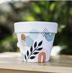 Painting Pots, Painted Vases, Cactus Y Suculentas, Terracotta Pots, Baby Furniture, Flower Decorations, Macrame, Planter Pots, Diy Projects