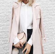 Looking for fresh outfit tips with color advice? Find stylish outfit ideas with neutral and colorful coats for every seasonal color palettes. Looks Chic, Looks Style, Mode Outfits, Fashion Outfits, Fashion Blogs, Office Outfits, Fashion Weeks, Fashion Clothes, Fashion Trends