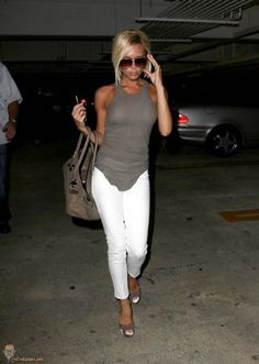 WHITE pants? Why not! (26 photos)