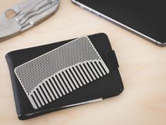 go-comb Stainless Steel Wallet Comb Best Pocket Knife, Pocket Knives, Survival Card, Edc Wallet, Edc Everyday Carry, Cool Knives, Edc Gear, Carry On, Things To Come