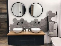 FERRA Échelle noir H x Larg. 45 x P cm bathroomfurnitures 726627721114192690 Diy Bathroom Decor, Bathroom Interior Design, Bathroom Furniture, Modern Bathroom, Small Bathroom, Master Bathroom, Paris Bathroom, Bathroom Wall, Bathroom Ideas