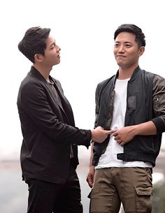 Descendants-of-the-Sun: Song Joong Ki & Jin Goo -... - The Life of a Korean Drama Addict