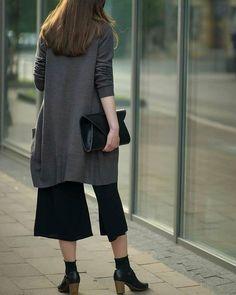 @sylwia.gorzkowicz #designers #craftsmanship #loveleather #luxurylifestyle #luxuryleather #leathercrafts #womendesigners #womenstyle #leatherbag #leathercraft #leather #bag #handcrafted #handmade #krakow #minimalizm #luxury #fashionwomen #krakow  #style #handmade #handmadeinpoland #torebka #bagoftheday #slowshopping Leather Craft, Leather Bag, Krakow, Luxury Lifestyle, Designers, High Neck Dress, Maze, Womens Fashion, Instagram Posts