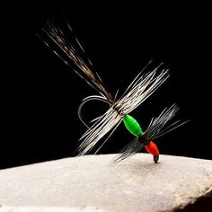 This is... I don't have a clue!  A thing... a dry fly thing?  Maybe... I don't really know.  What do you think?  #theonefly.com #flyfishing #flytying #flies #dryfly #trout #trockenfliege #grayling #browntrout #äsche #fliegenbinden #fliegenfischen #dryordie #dryfly #whitingfarms