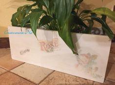 Cassetta di legno portavasi Roses