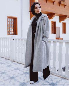 Modest Fashion Hijab, Modern Hijab Fashion, Casual Hijab Outfit, Muslim Fashion, Fashion Outfits, Fashion Muslimah, Abaya Fashion, Hijab Elegante, Hijab Chic