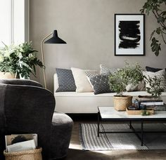 sonntagsmodus zeitschriften sofa und kaffee. Black Bedroom Furniture Sets. Home Design Ideas