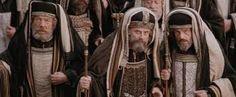 """El Papa Francisco anima a reconocerse pecadores para que Jesús """"venga a buscarnos""""  07/07/2017 - 03:21 am .- El Papa Francisco afirmó que los cristianos, a diferencia de los fariseos, no deben avergonzarse de ser pecadores, ya que """"Jesús vino a llamar a los pecadores, no a los justos"""", y por lo tanto reconocerse imperfectos """"nos da la oportunidad de que Jesús venga a buscarnos""""."""