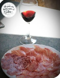 Disfruta las carnes frías con tu vino tinto! Es deliciosa la combinación!