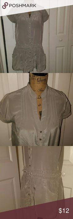 Gray Sheer Top Gray Sheer Button Up Top w/Elastic Waist and Pockets....worn with leggibgs....32 inches from top to bottom, 40 inch Bustline, 38 inch waistline Tops