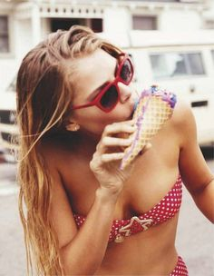L*Space Color Blocked Neo Bandeau Bikini Top // Color Blocked Geo Reverse Classic Hipster Bikini Love the color! Topshop Scalloped Bikini To. Summer Vibes, Summer Feeling, Summer Of Love, Summer Beach, Summer Days, Hello Summer, Summer Food, Summer Colors, Summer 2014