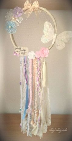 """Read More""""Butterfly Kisses dreamcatcher mobile wall art handmade girls nursery bedroom decor princess custom made personalised quote THIS WILL NOT CATCH Diy And Crafts, Crafts For Kids, Arts And Crafts, Princess Bedrooms, Dream Catcher Mobile, Lace Dream Catchers, Little Girl Rooms, Dreamcatchers, Girl Nursery"""