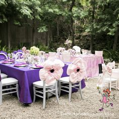 Find inspiration in these gorgeous outdoor tablescapes! | The Party Goddess! #decor #tablescapes Wedding Table, Rustic Wedding, Wedding Ideas, Chic Vintage Brides, Cheap Wall Decor, Garland Wedding, Glamorous Wedding, Italy Wedding, Wedding Thank You