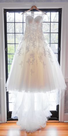 Gorgeous Cinderella-like wedding gown! View the full wedding here: http://thedailywedding.com/2016/07/06/romantic-chateau-wedding-stacey-wayne/