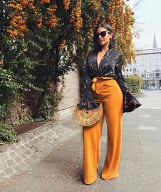 36 Perfect Summer Outfits For Women Inspired By Street Style - Oktoberfest Classy Outfits, Chic Outfits, Spring Outfits, Fashion Outfits, Womens Fashion, Fashion Trends, Night Out Outfit Classy, Fashion Killa, Look Fashion