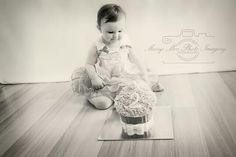 2year old girl cake smash from last weekend